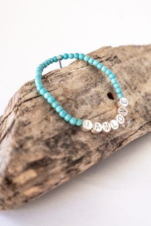 calm bracelet by IAMLOVE made of blue howlite beads