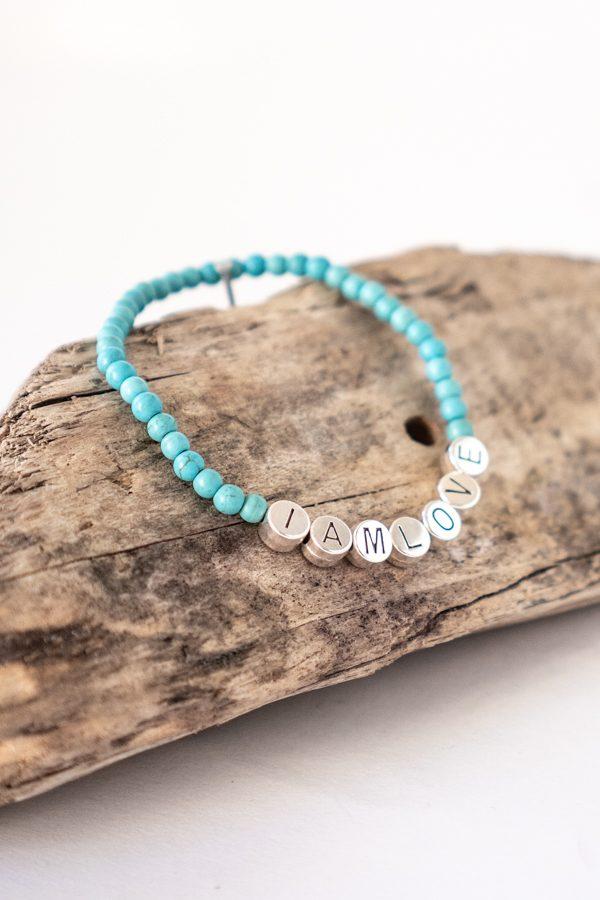 calm bracelet by IAMLOVE made of blue howlite beads